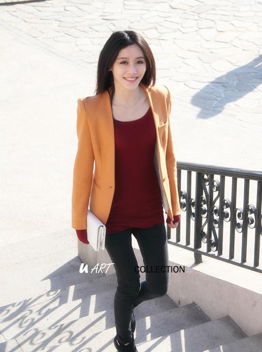 橙色无领西装外套搭配图片