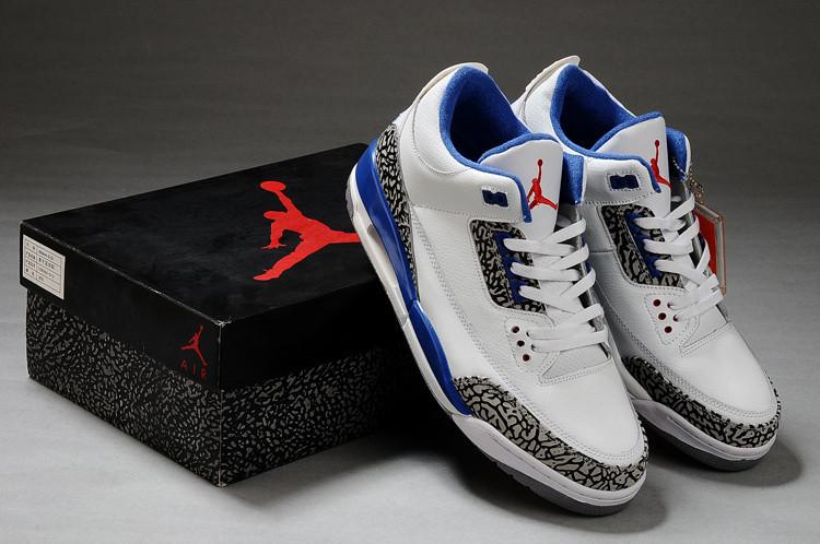 aj4篮球鞋运动鞋搭配