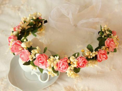 手工制作新娘玫瑰花花环