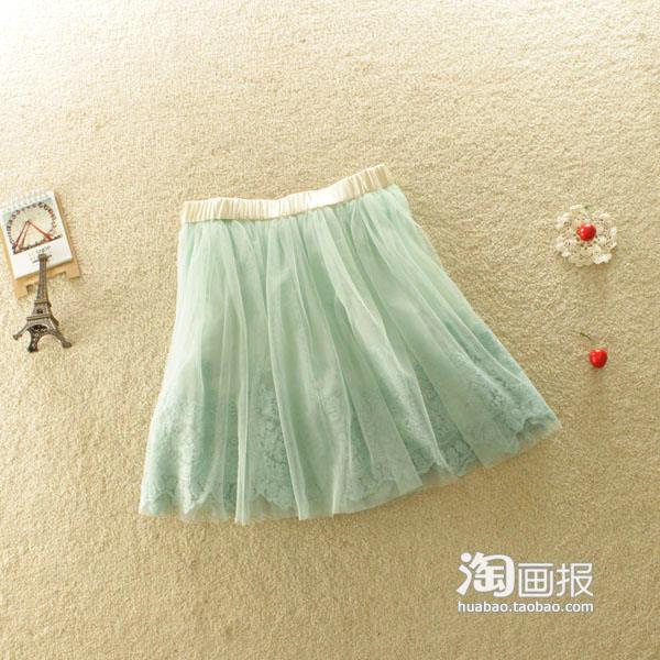 公主手绘蕾丝裙搭配
