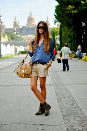 驼色短裤夏搭配图片_驼色短裤夏怎么搭配