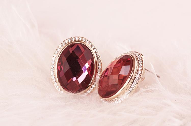 复古宫廷红宝石水晶耳钉整体款式图片