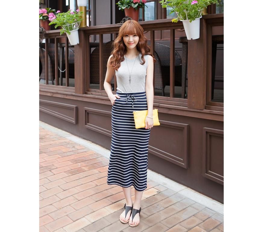 【夏季新款黑白条纹半身长裙】-衣服-半身裙