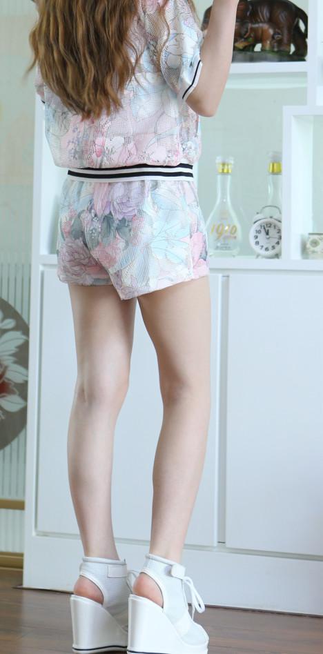 韩国清新小可爱网格套装~舒服 简单 又方便