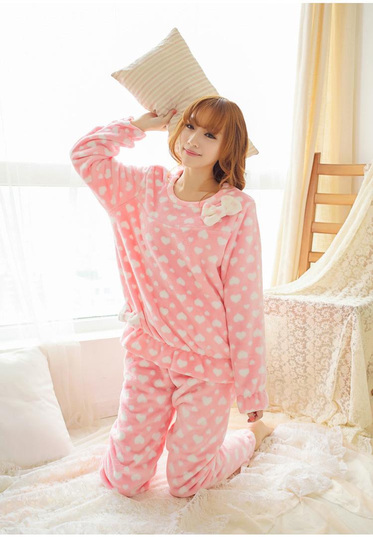 甜美珊瑚绒可爱粉色蝴蝶少女睡衣套装