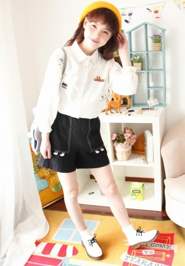 【韩国小清新手绘童趣刺绣小猫小房子拼色翻领宽松白